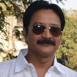 Singh Ji, Veer's maternal uncle