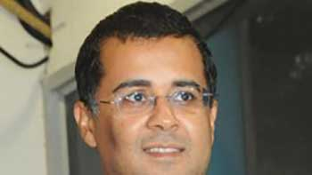'3 idiots and Kai Po Che are altogether different films'  says Chetan Bhagat