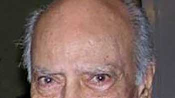 A. K. Hangal Died at 95; His Cremation Took Place Today