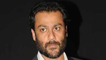 Abhishek Kapoor Discloses Reasons For Stars Being Hesitative For 'Kai Po Che'.