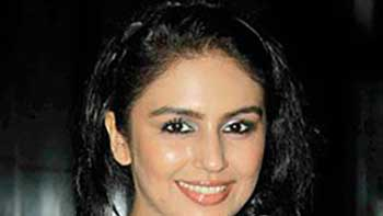 Actress Huma Qureshi Gets Injured in Ludhiana