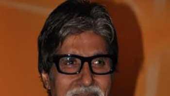 Amitabh Bachchan Makes Special Appearance in Bol Bachchan