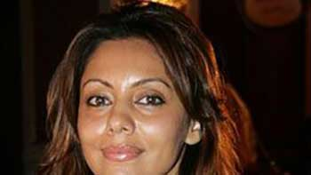 Gauri Khan Lays Ground Rules for Shahrukh, Priyanka at Karan's Party