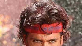 Hrithik Roshan Invited to Attend His 1st Dahi-Handi Event Ever in Reality