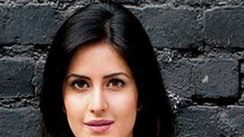 Katrina Kaif Admits that She Was Nervous While Working With SRK