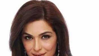 Meera thinking of remaking classic 'Pakeezah'.