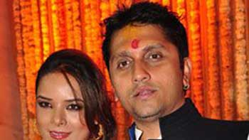 Mohit and Udita tie a knot together