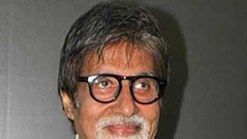 Mumbai University Honours Amitabh Bachchan.