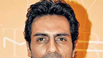 No Fight with RGV - Says Arjun Rampal