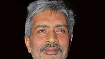 Prakash Jha Agrees to Give a Disclaimer For Controversial Song In 'Chakravyuh'