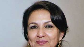 Saif & Kareena Getting Married in October – Confirms Sharmila Tagore