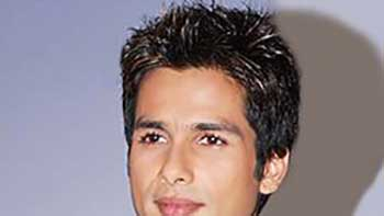 Shahid Kapoor Says No To Performing At Award Functions.