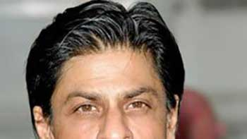 Shahrukh Khan May Get Back Home On the Eve of Eid