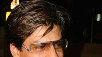 Shahrukh Khan Top Newsmaker of Bollywood; Amitabh Bachchan Second