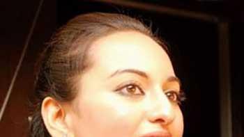 Sonakshi Sinha Cast opposite Imran Khan in Tigmanshu Dhulia's 'Milan Talkies'