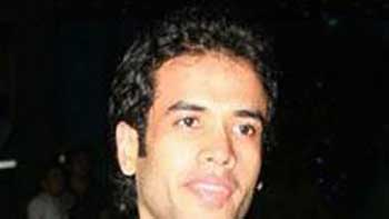 Tusshar Kapoor Out of 'Bhaiyyaji Superhit'