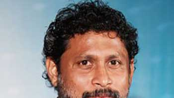 Why Is Shoojit Sircar Angry With 'Vicky Donor' Producers!