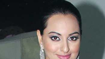 Working For 'Dabangg 2' Much Easier For Sonakshi.