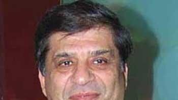 Yash Chopra's Nephew Ravi Chopra Seriously Ill
