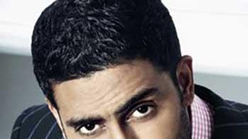 Abhishek Bachchan drops \'Vettai\' remake
