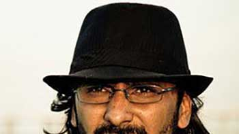 Abhishek Chaubey to feature Madhuri Dixit in Dedh Ishqiya