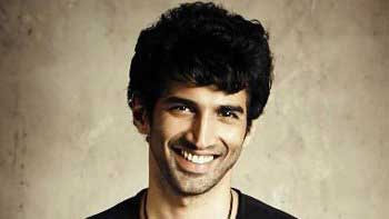 Aditya Roy Kapur to star in Vishesh Bhatt\'s film