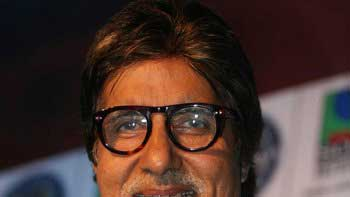 Amitabh Bachchan lends voice-over for \'Krrish 3\'