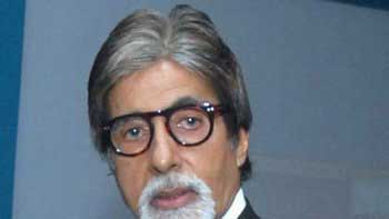 Amitabh Bachchan\'s return gift to his fans on his Birthday!