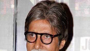 Amitabh Bachchan to play himself in 'Ghumketu'