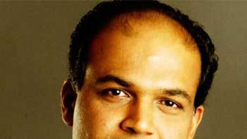 Ashutosh Gowariker\'s TV series \'Everest\' to be based on mountaineering