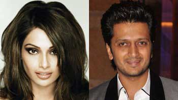 Bipasha Basu to star with Riteish Deshmukh in \'Humshakals\'