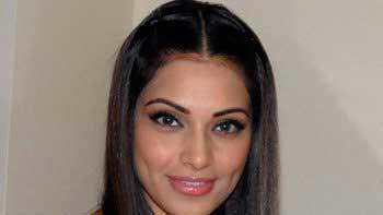 Bipasha Basu to start her own accessories line online