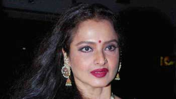 Bollywood\'s mystic beauty, Rekha turns 59!