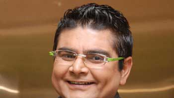 Deven Bhojani to turn Bollywood director