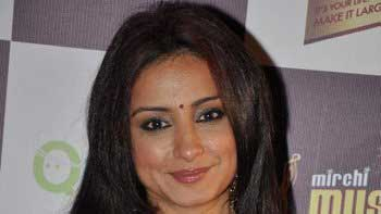 Divya Dutta to shake a leg on an item number