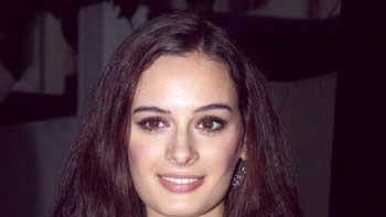Evelyn Sharma to feature in lead role in \'Dannk\'