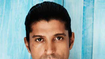 Farhan Akhtar to come up with \'Rock On!! 2\'