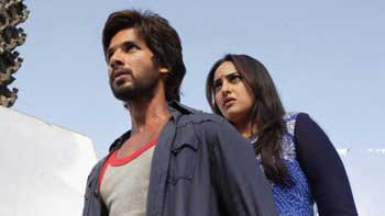 First Day Box Office Collection of 'R... Rajkumar'