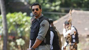 First Weekend Box Office Collection of \'Madras Cafe\'