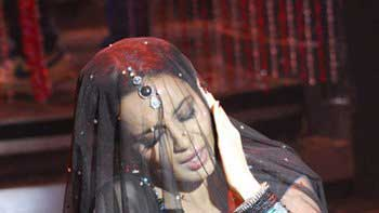 "Kangana Ranaut to revive traditional \""Mujra\"" in \'Rajjo\'"