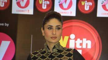 Kareena Kapoor associates free of cost with Channel V\'s \'VithU\' app
