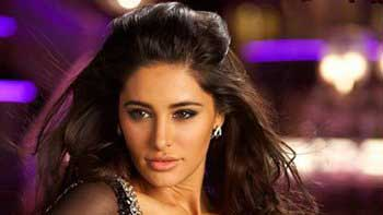 "Nargis Fakhri grooves in item song \""Dhating Naach\"""