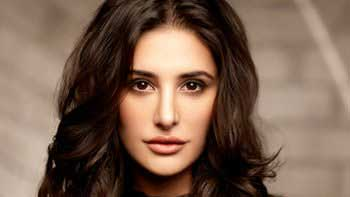 Nargis Fakhri launches her official website