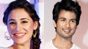 Nargis Fakhri to match steps with Shahid Kapoor