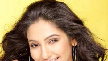 Ragini Dwivedi to groove on a dance number in \'R... Rajkumar\'