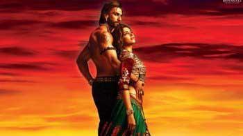 \'Ram-leela\' trailer bagged 5.9 million hits!
