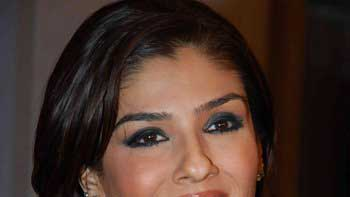 Raveena Tandon turns Jazz singer in \'Bombay Velvet\'