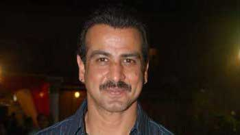 Ronit Roy to essay a stern father in \'2 States\'