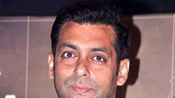 Salman Khan as Angel and Demon for \'Bigg Boss 7\'!