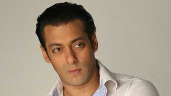 Salman Khan funds kidney transplant operation of co-star's 34-year old brother